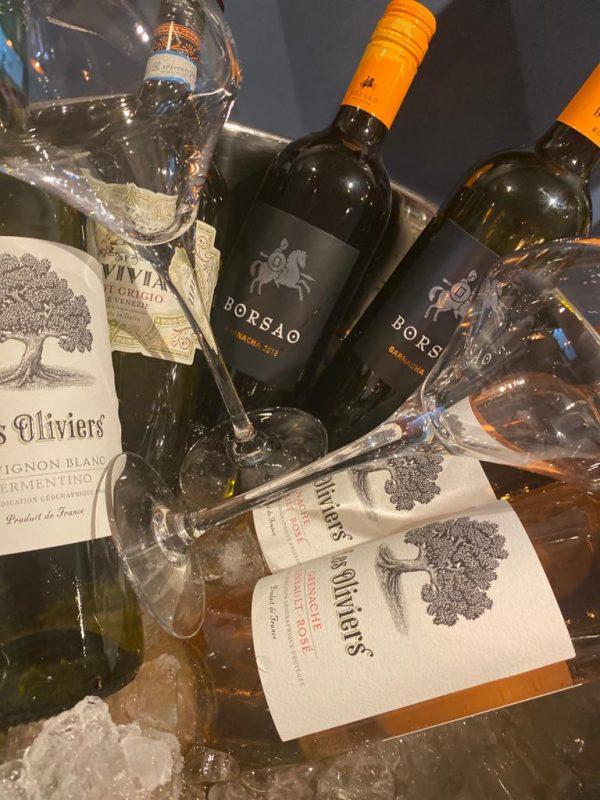 Favourites Wine Case
